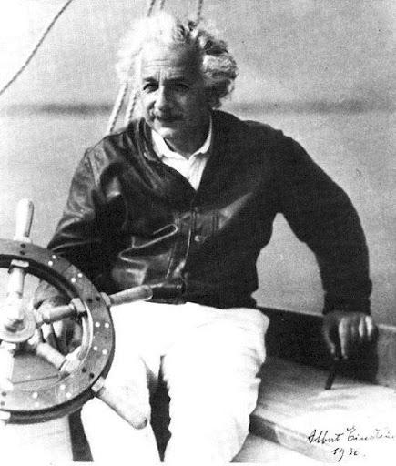 Альберт Эйнштейн на яхте