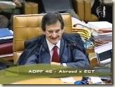 STF. Ministro Cézar Peluso. Necessidade de Maioria Absoluta para a procedência da ADPF e Subsistência da Norma Questionada.