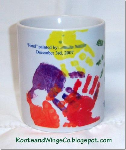 Hand print mug