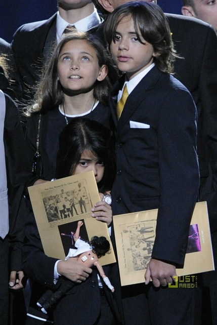 paris-jackson-speech-michael-jackson-tribute-01