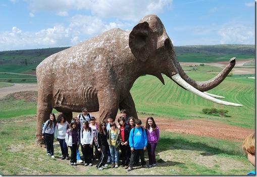 Dejando huella frente al mamut
