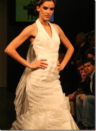 Vestisoa de noiva da estilista Cristna Lopes N3a
