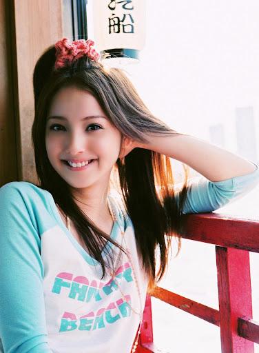 Nozomi Sasaki, hot Japanese fashion model and gravure idol