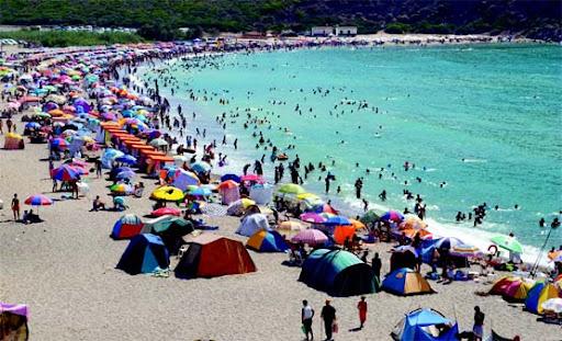 14 millions d'estivants a Aïn El-Turck-Oran dans loisirs-voyages b1%20(10)