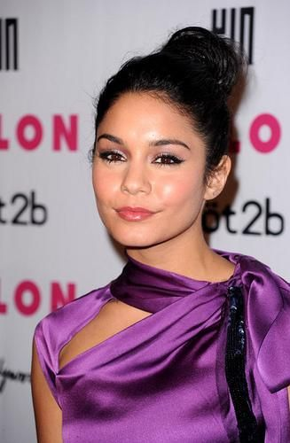 Vanessa Hudgens Hairstyle Image Gallery, Long Hairstyle 2011, Hairstyle 2011, New Long Hairstyle 2011, Celebrity Long Hairstyles 2039