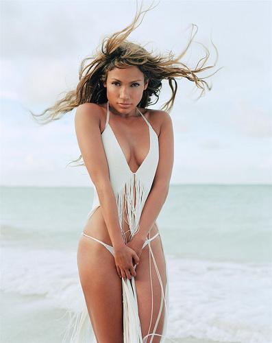 bikini pop singer