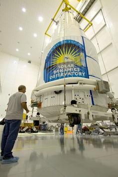 solar-dynamics-observatory-100208-02