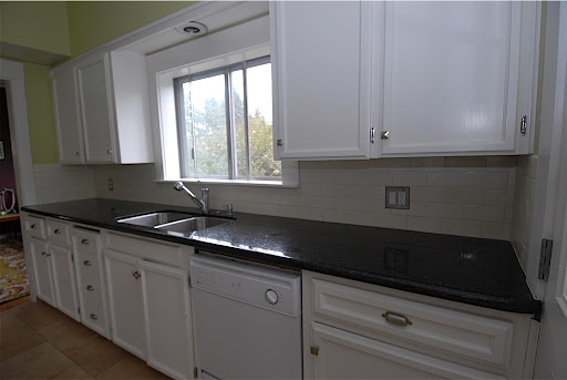 backsplash with subway tile