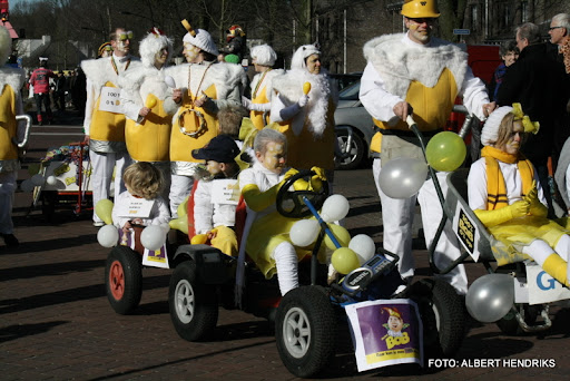 overloon carnaval optocht  06-03-2011 (110).JPG