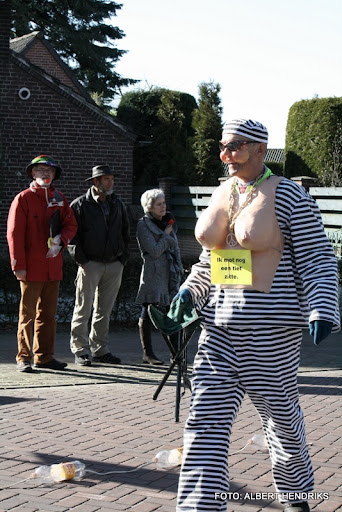 overloon carnaval optocht  06-03-2011 (102).JPG