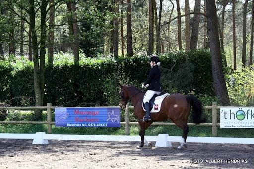 dressuurwedstrijd pony's overloon 09-04-2011 (1).JPG