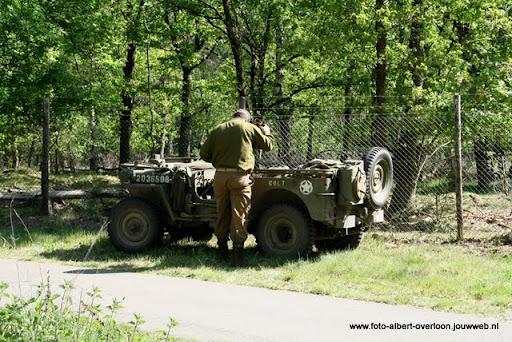 remember overloon herhaling van vergeten slag 08-05-2011 (18).JPG