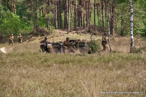 remember overloon herhaling van vergeten slag 08-05-2011 (88).JPG