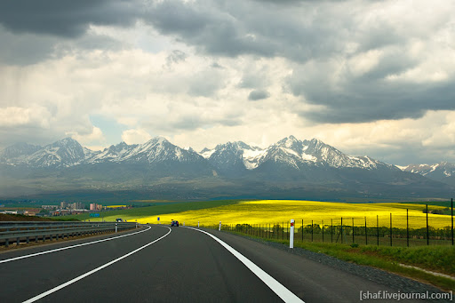 http://lh5.ggpht.com/_p9j-6xLawcI/S-_j9eskOLI/AAAAAAAAT7c/cGTxNVllmcY/20090510-140035_Slovakia.jpg