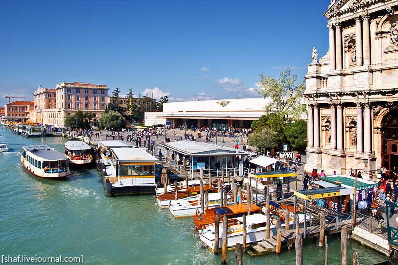 Италия, Венеция, вид на вокзал Санта-Лючиа