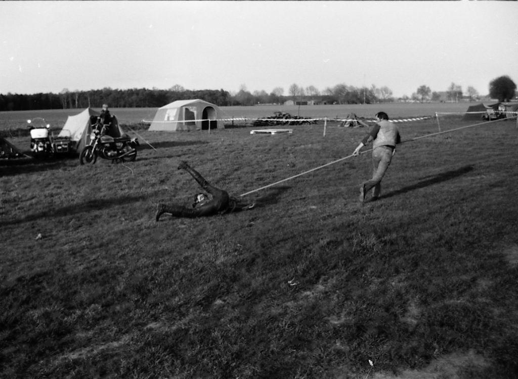 1982 - Kruikentreffen - Helvoirt z 08.jpg