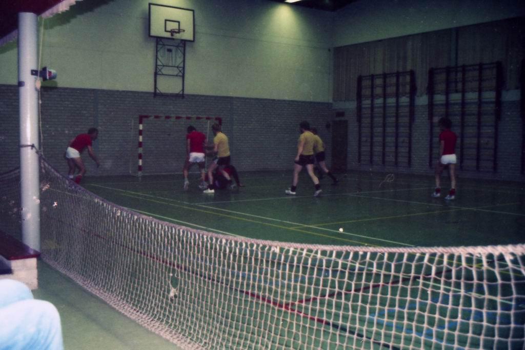 1982 - DMV - MCM Zaalvoetbal 34.jpg