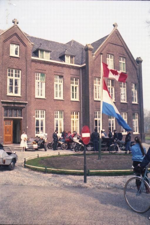 1982 - Huwelijk Tiny & Marja v.Pinxsteren 08.jpg