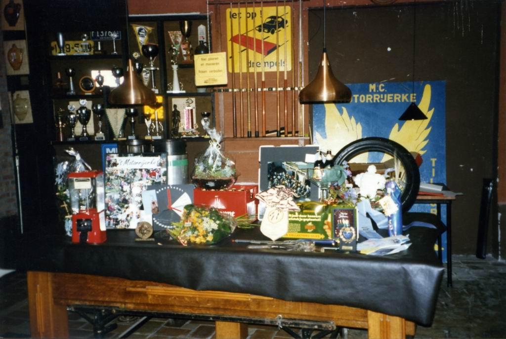 1997 - 25 jaar Kalverstraat 426.jpg