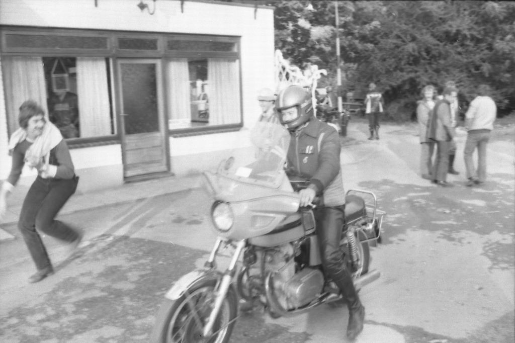 1977 - Bokkerijderstreffen z-12.jpg