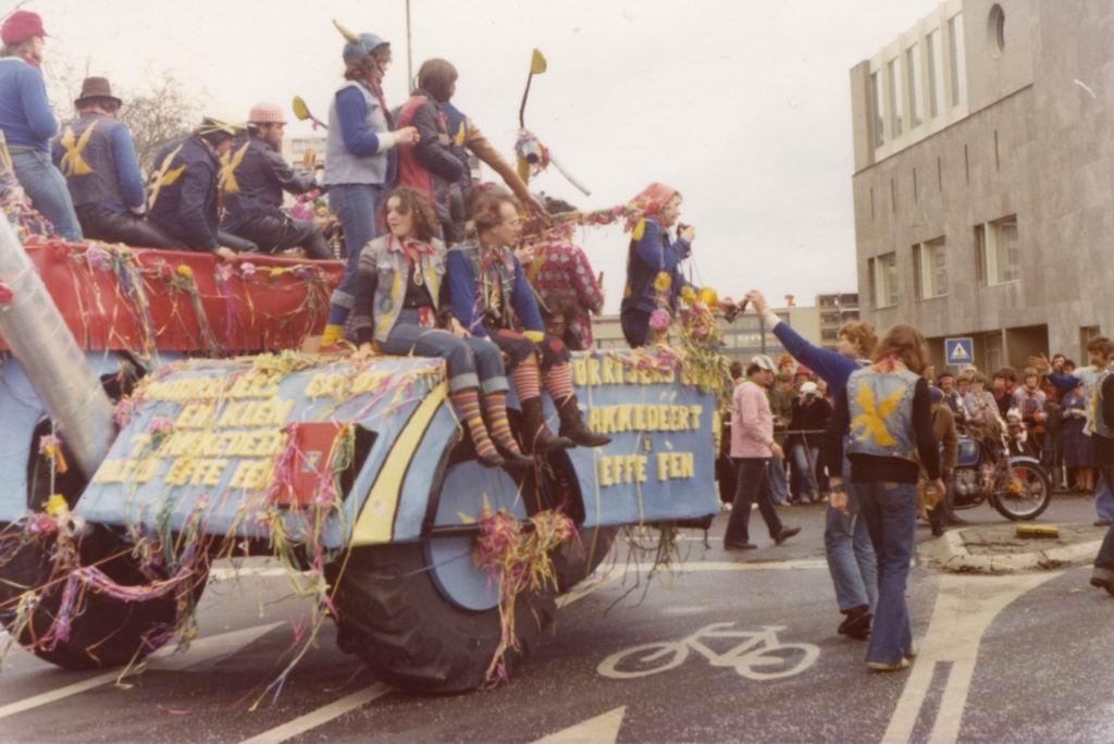 1977 - Carnaval 01.jpg