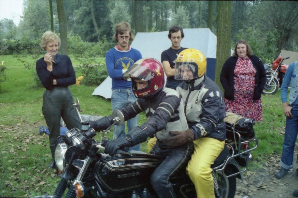 1977 - Clubtreffen, Schoonbron 2-07.jpg