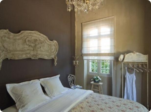 Chambre-peinte-a-la-chaux_carrousel_gallery