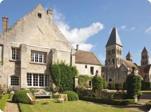 l-abbaye-de-Morienval_carrousel_gallery