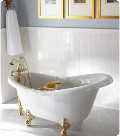 clawfoot_bathtub_2