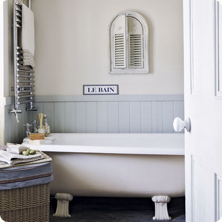 understated-bathroom