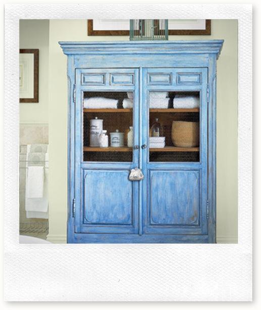 Detail-bathroom-armoire-HTOURS0105-de