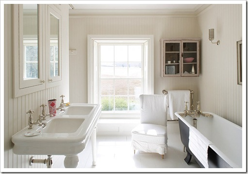 Shabby and charme an american country house - Ragazze spiate in bagno ...