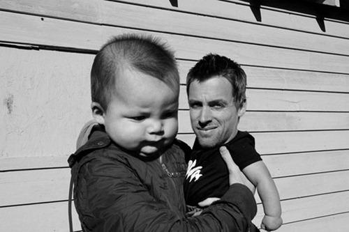 Trocando os rostos de pais e filhos