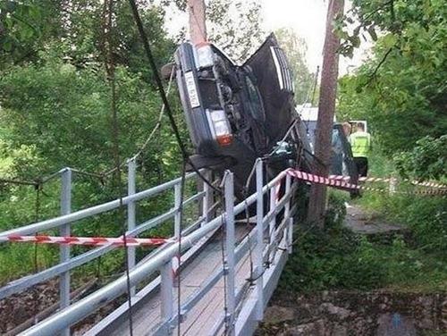 bizarre-traffic-accidents06
