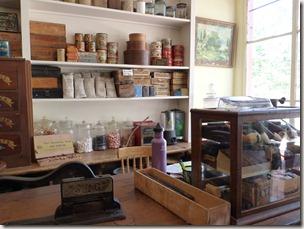 P1010086 Saint John magasin général