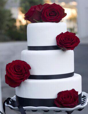 cake on pinterest red rose wedding wedding cake red and red roses. Black Bedroom Furniture Sets. Home Design Ideas