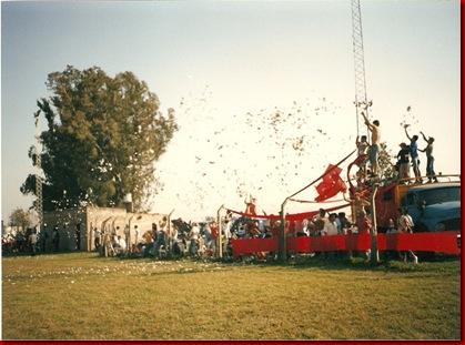 clasico 2004 hinchada