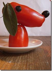 cute-food-dachshund-tomatoes
