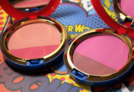mac-wonder-woman-Powder-Blush-Duo-open