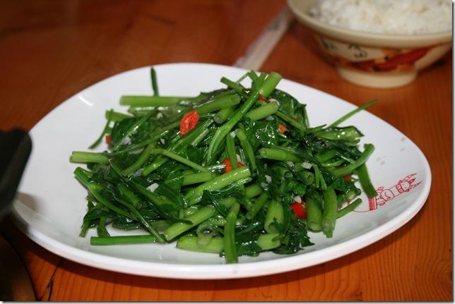 永康鴻品牛肉 炒季節青菜
