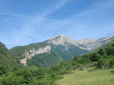 Bac de la Muga, amb el Puig Terrers al fons
