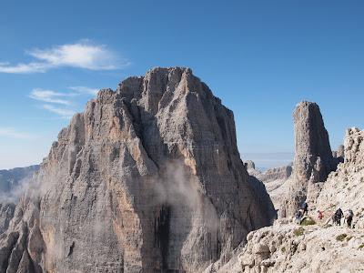 A la dreta la torre del Campanile Basso