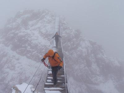 Creuant el pont