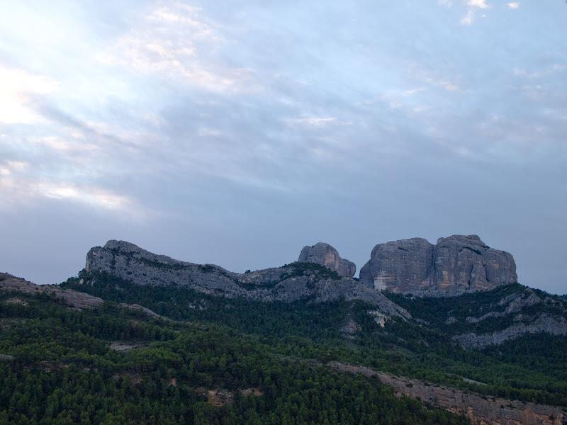Roques de Benet vistes des de lluny