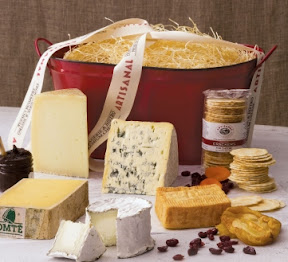 holidayCollection Holiday Entertaining with Cheese and Wine