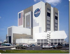 Vehicle-Assembly-Building-July-6-2005[1]