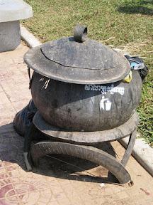 Que faire avec des vieux pneus 483-1201-Phnom+Penh