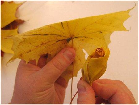 http://lh5.ggpht.com/_q6EEIoA3F3c/SpGIcemKE0I/AAAAAAAAAB4/2rPwve1366U/s512/art-origami-rose-from-mapple-leaf-08.jpg