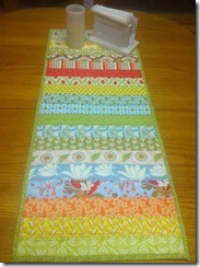 verna table runner