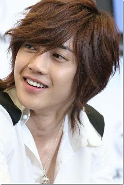 Credit Top Haircutblogspot 2011 01 Kim Hyun Joong Hairstyles Cool Korean Khj Hairstyle1